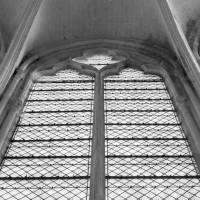 Parties supérieures d'une fenêtre de l'abside (1994)