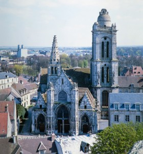 L'église vue depuis les parties hautes de la cathédrale (1993)