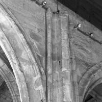 Retombée des voûtes (non réalisées) du vaisseau central de la nef (1993)