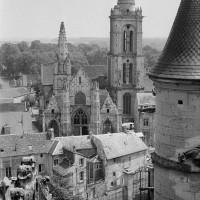 L'église vue vers l'est depuis les parties hautes du bras nord du transept de la cathédrale (1970)