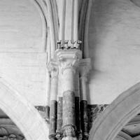 Retombée sud de l'arc-doubleau de la travée droite du choeur (1993)