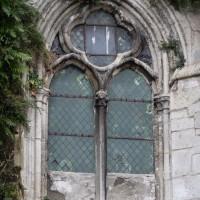 Fenêtre quadrilobée de l'étage des tribunes à la façade nord du transept (2018)