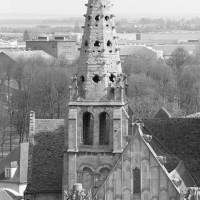 Le clocher nord vu de l'ouest depuis les parties hautes de la cathédrale (1993)