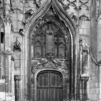 Le portail sud de la façade ouest (1993)