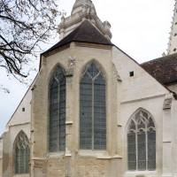 Le chevet de l'église vu du nord-est (2018)