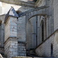Arcs-boutants à l'angle sud-ouest de la nef et du bras sud du transept (2017)