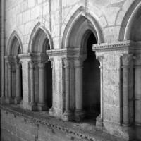 Le triforium au revers de la façade ouest vu vers le sud-ouest