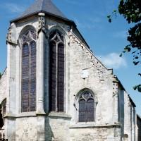 Le chevet de l'église vu du nord-est (2000)