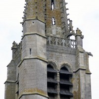 L'étage du beffroi du clocher et la base de la flèche vus du sud-est (2016)