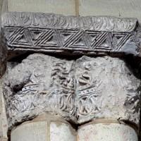 Chapiteaux de la croisée du transept (étape 1 de la reconstruction de l'église) (1995)