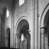L'élévation du mur gouttereau nord de la nef vu vers le nord-ouest