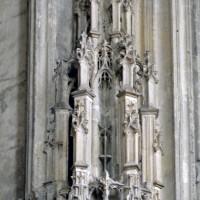 Dais dans la chapelle de Charles d'Hangest (2007)