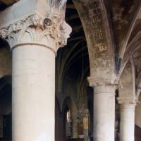 Les arcades du mur gouttereau sud de la nef vues vers le nord-est depuis le bas-côté sud (1997)