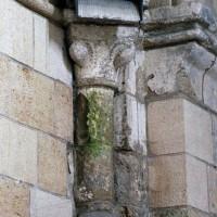 Retombée de la voûte de la travée droite du choeur à l'angle sud-ouest (2006)