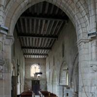 Vue partielle du choeur et de la nef vers l'ouest (2006)