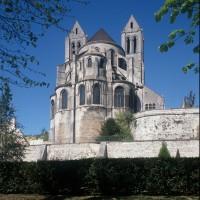 Le chevet de l'église vu du nord-est (1996)