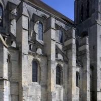 L'élévation de la nef et de la travée droite du choeur vue du sud-ouest (2017)