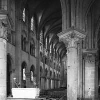 Vue partielle du rond-point de l'abside vers le sud-ouest