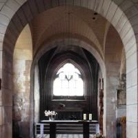 La travée du clocher et le choeur vus vers l'est (2000)