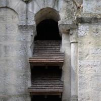 Une baie du premier étage du clocher vue du sud (2017)