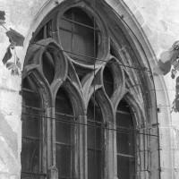 La fenêtre est du choeur (2000)