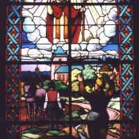 Vitrail de 1946 en reconnaissance à saint Médard (2007)