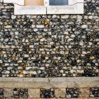 Détail du mur nord de l'église (2004)