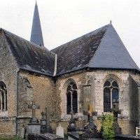 L'église vue depuis le sud-est (2005)