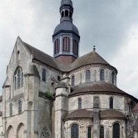 Le choeur et le transept vus du sud-est (2003)