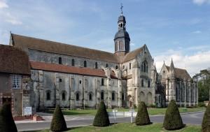 L'église et la chapelle de la Vierge vues du sud-ouest (2003)