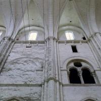 Les parties hautes du mur nord de la nef (2003)