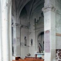 Le bas-côté nord du choeur et une chapelle vus vers le nord-ouest (2003)
