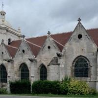 Vue partielle de l'église depuis le sud-est (2008)