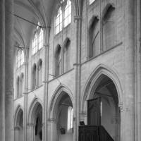 L'élévation nord de la nef vue vers le nord-ouest