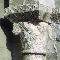 Chapiteau de l'arcade du bas-côté sud de la nef, côté droit (1972)