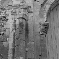 Retombée d'arcs de l'extrémité est de la nef, côté sud (1969)