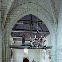 La travée du clocher et la nef vues vers l'ouest (2008)