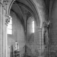 La chapelle du bras sud du transept vue vers le sud-est (1992)