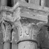 Chapiteaux de droite de l'arcade de la chapelle sud (1994)