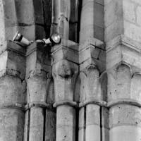 Chapiteaux de la pile sud-est de la croisée (1994)