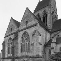 La chapelle nord et le clocher vus du nord-ouest (1992)