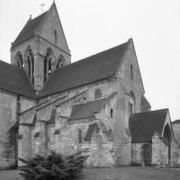 La nef et le clocher vus du nord-ouest (1992)