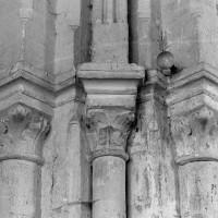 Chapiteaux à l'ouest de la croisée du transept (1997)