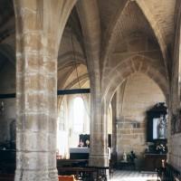 L'intérieur vu depuis le bas-côté sud vers le nord-est (1997)
