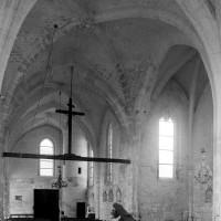 La nef et le bras nord du transept vus vers le nord-ouest (1997)
