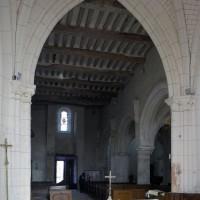 La nef vue vers le nord-ouest depuis la croisée du transept (2019)