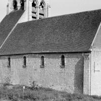La nef vue du nord-ouest (1974)