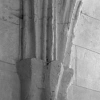 Retombée de voûtes à la chapelle au sud de la base du clocher (1997)