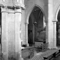 Les piliers du choeur vus vers le nord-ouest