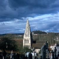 L'église dans son environnement vue du sud (1970)